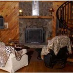 Creekwood Resort Giraffe Inn